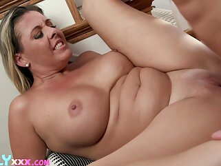 Nuvid big ass big tits blonde
