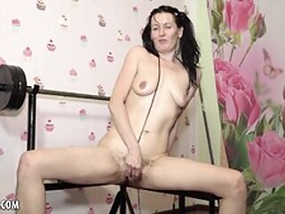 Nuvid brunette masturbation russian