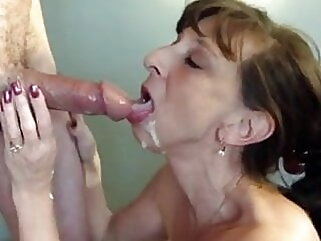 Nuvid mature flashing milf