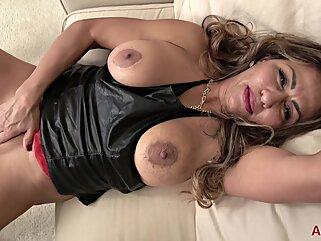 Nuvid big tits hd mature